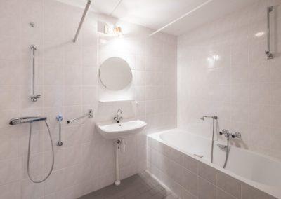 badkamer (Middel)